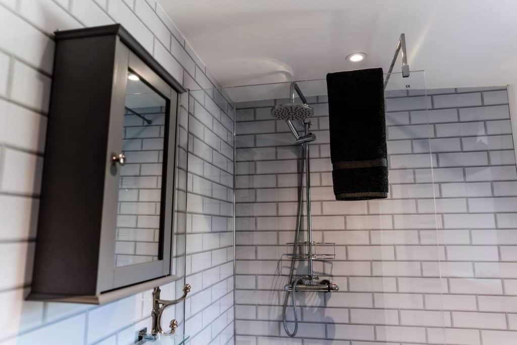 Orchard Barn Bathroom